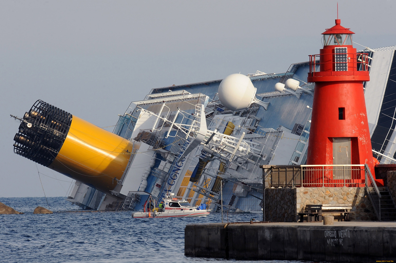шкафы фото тонущего корабля созревания